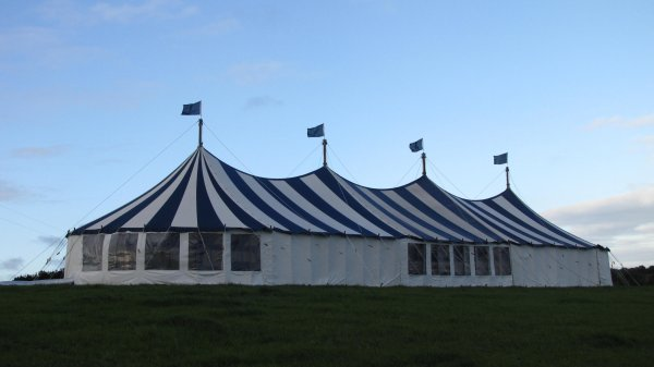 Worswell Barton B&B tent size 150 guest and dance floor.jpg
